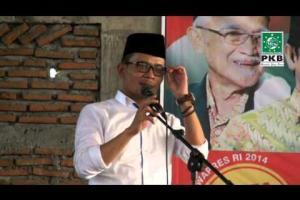 Ketua DPP PKB dan Pengurus DPP PKB dalam rangkaian Ziarah Wali Songo bersilaturahmi dengan Kiai Kampung Demak, Jateng